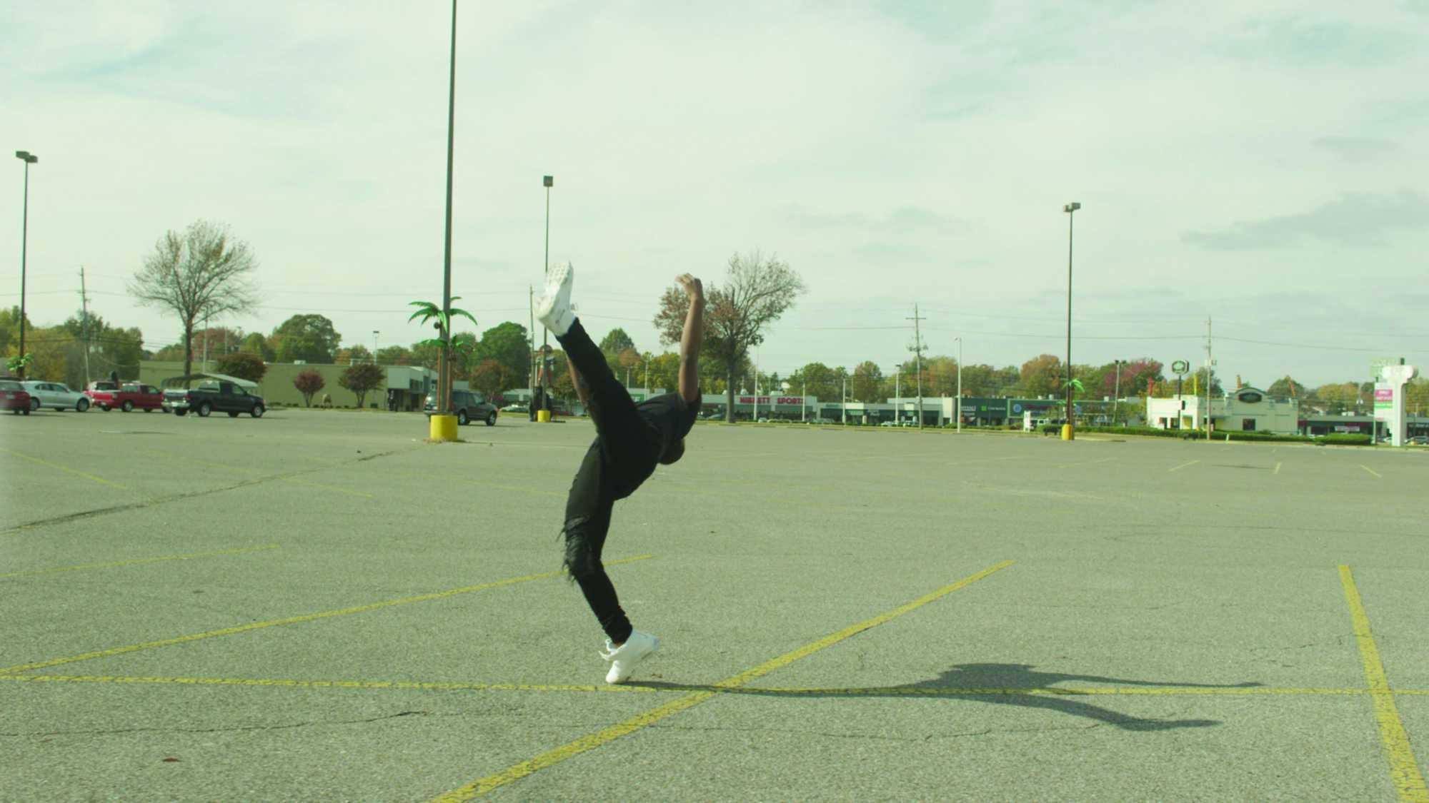 Mi a tánc? 2 - Dokumentumfilm-sorozat - Lil' Buck, az igazi hattyú