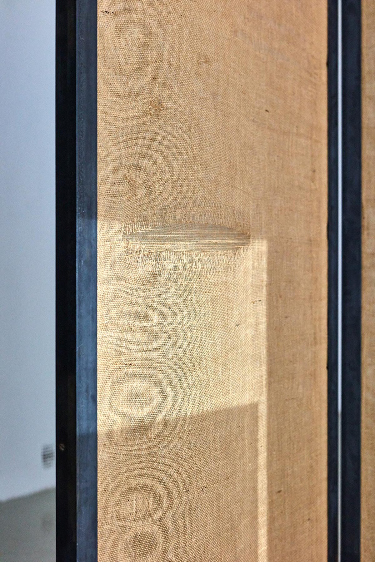 Roman Štětina: Untitled (Speak so I can see you), 2020. installation (jute, iron, wood) (detail) | photo: Dávid Biró