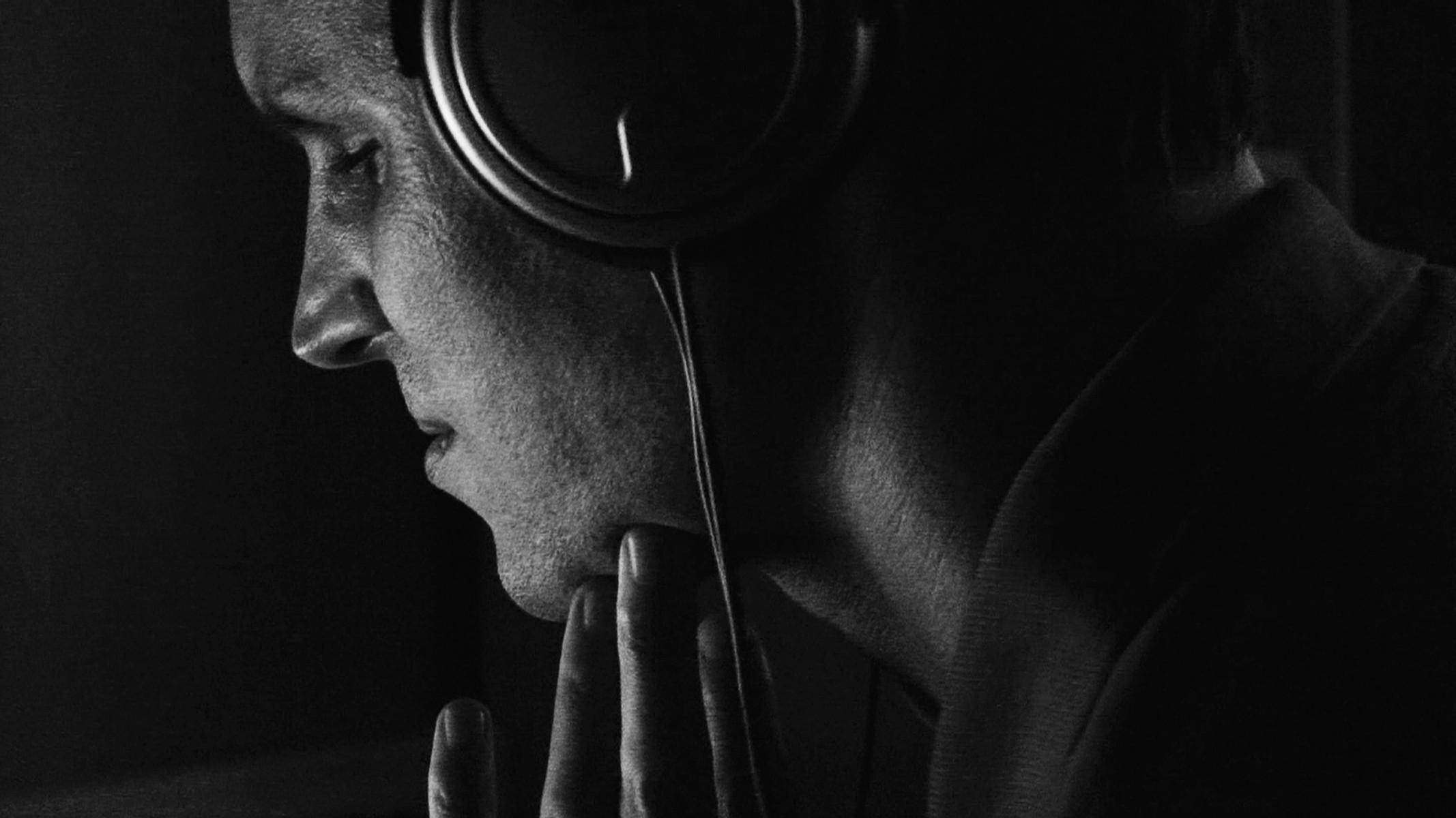 Imogen Stidworthy: Sacha (Listening), 2011–12. HD video with 3-channel soundtrack, 6' | video still