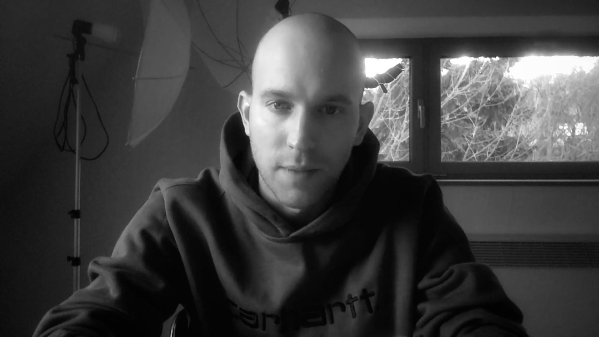 Szirén(én)ek a szolidaritásért - interjú Kolbenheyer Erikkel, az EXILES kiadó vezetőjével