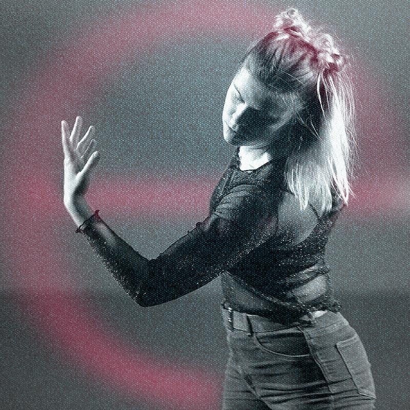 Oberfrank Réka: Sensing in Dancing - táncóra