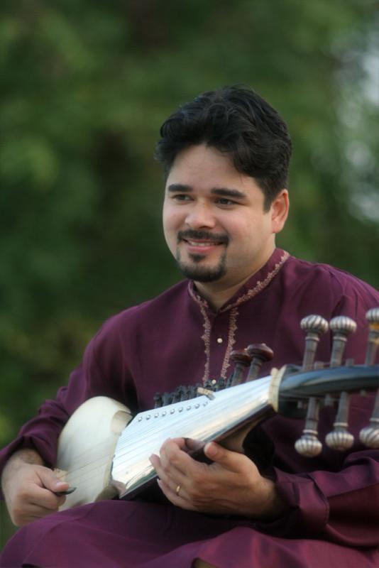 2012-arnab_chakrabarty