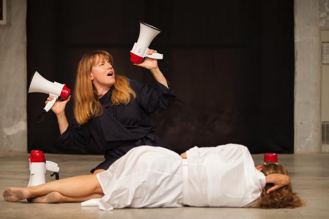 Sir Alice (F)- Cristina Kristal Rizzo (I): Humpty Dumpty
