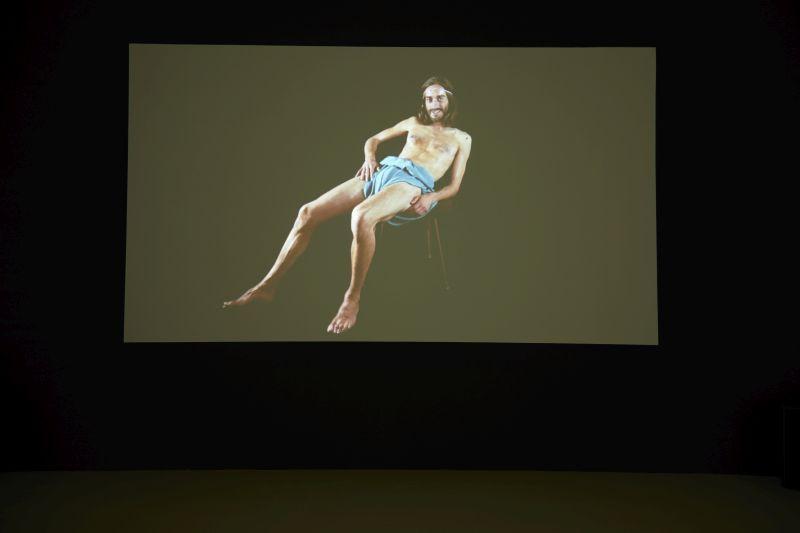 Pauline CURNIER JARDIN: Grotta Profunda, 2011. HD video, b&w, color, 30' (fotó: SURÁNYI Miklós)